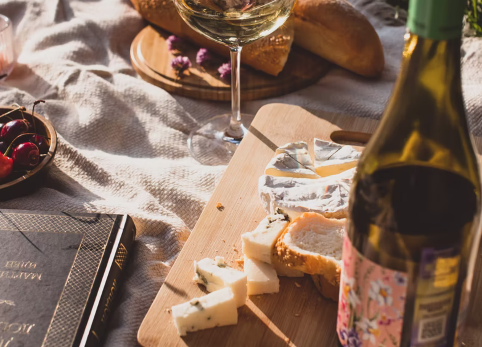 best cheese to eat with wine